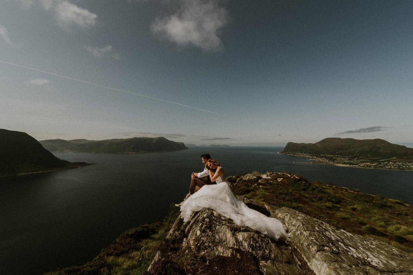 Norway elopement photographer 18
