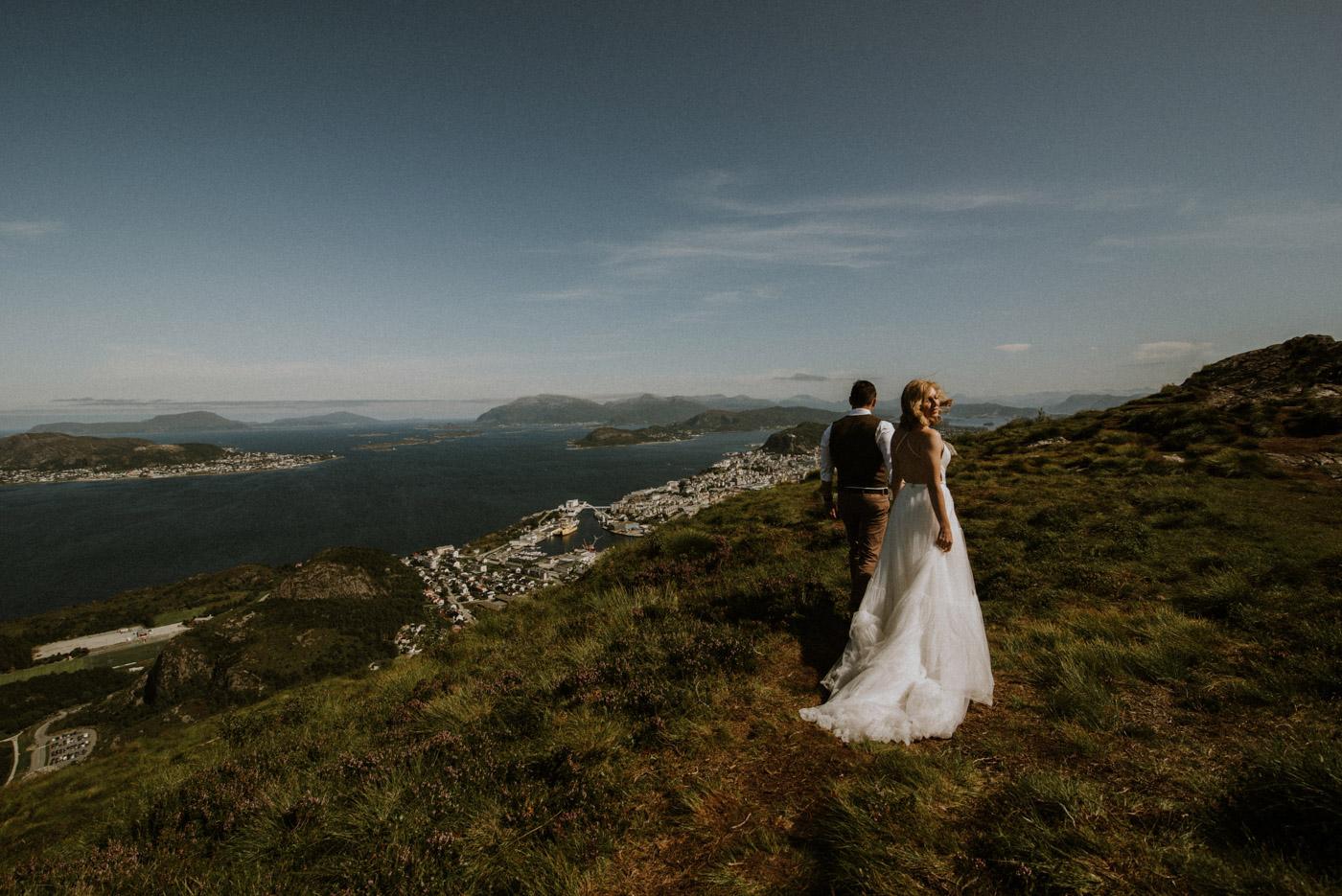 Norway elopement photographer 32