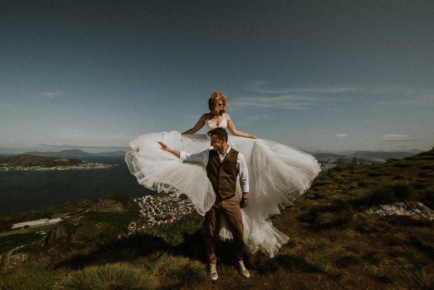 Norway elopement photographer 37