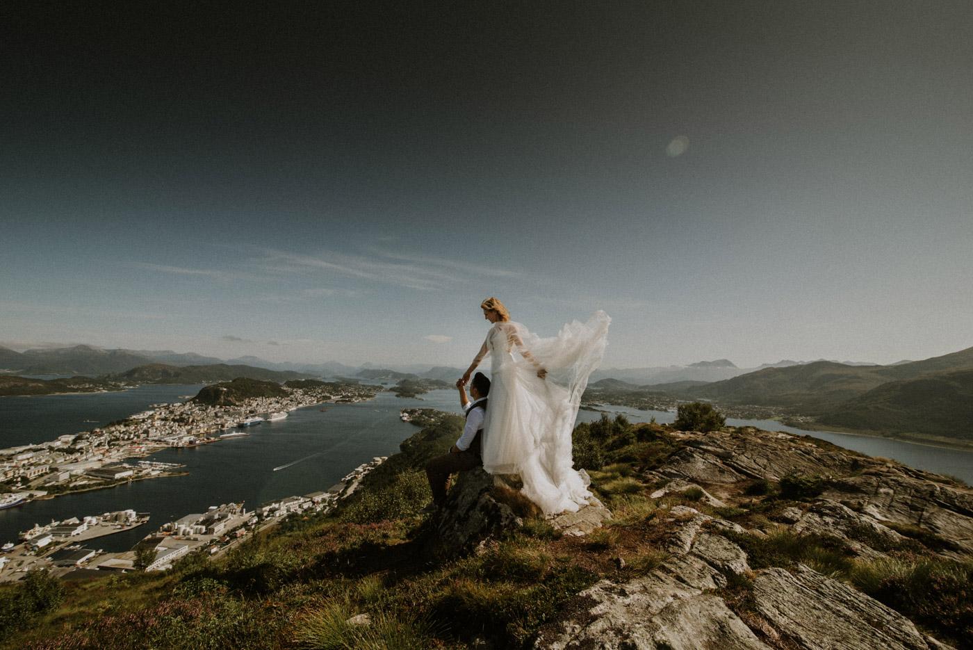 Norway elopement photographer 48