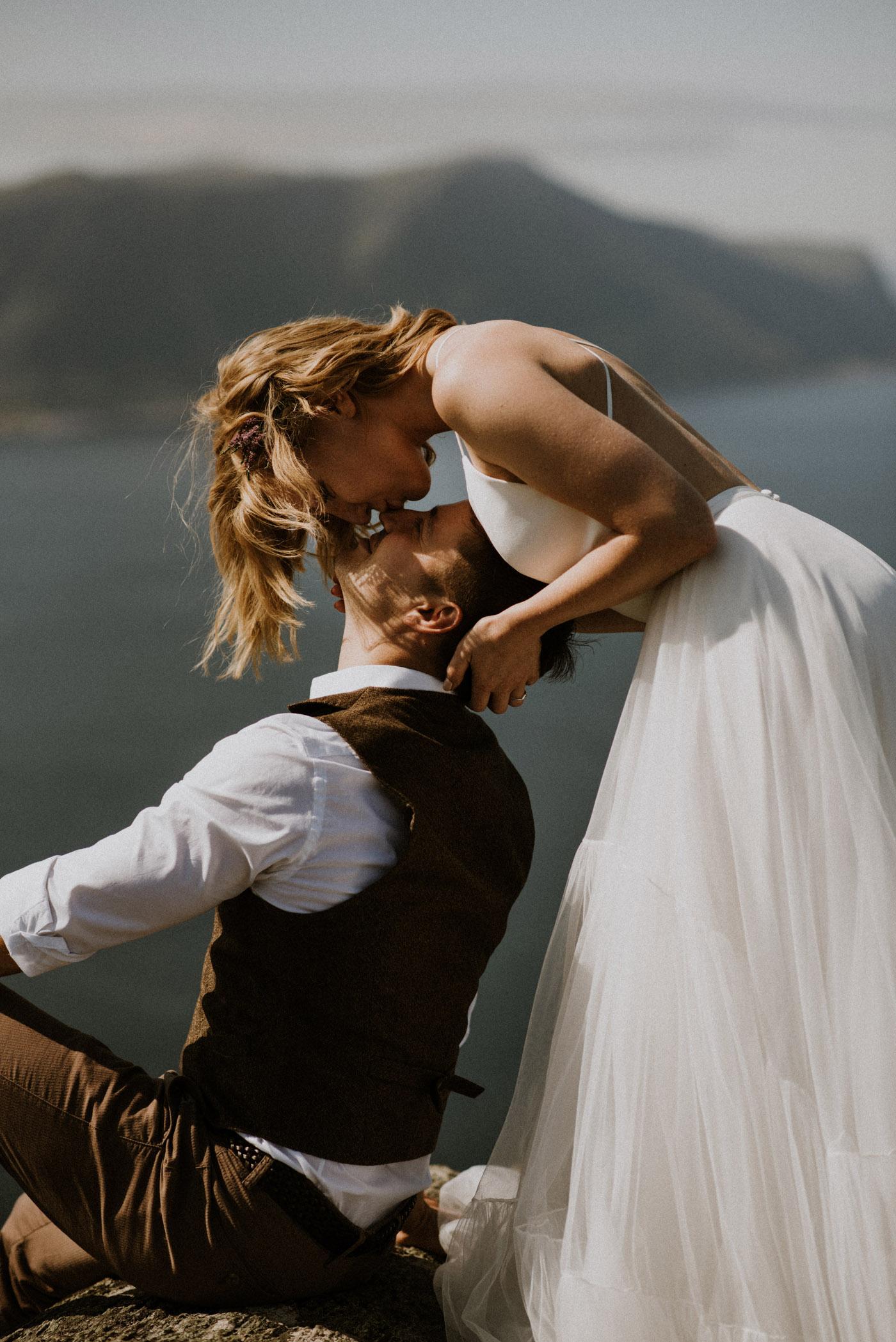 Norway elopement photographer 26