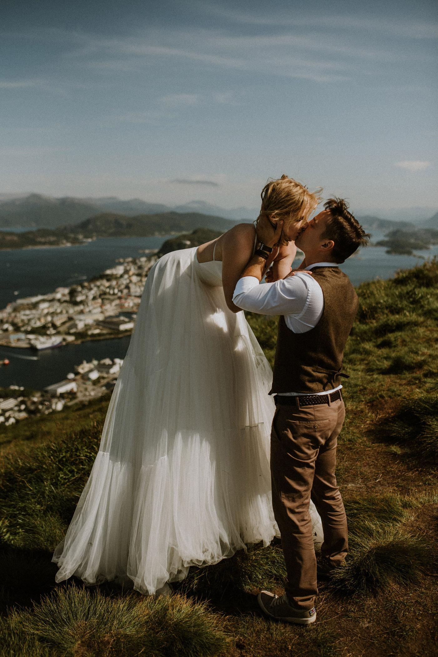 Norway elopement photographer 69