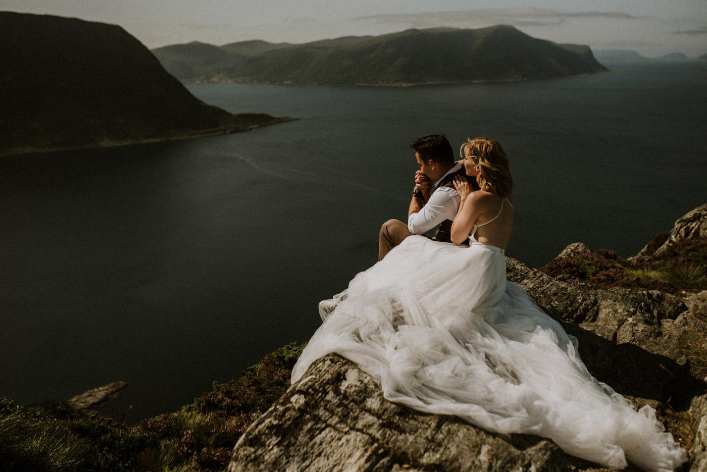 Norway elopement photographer 22