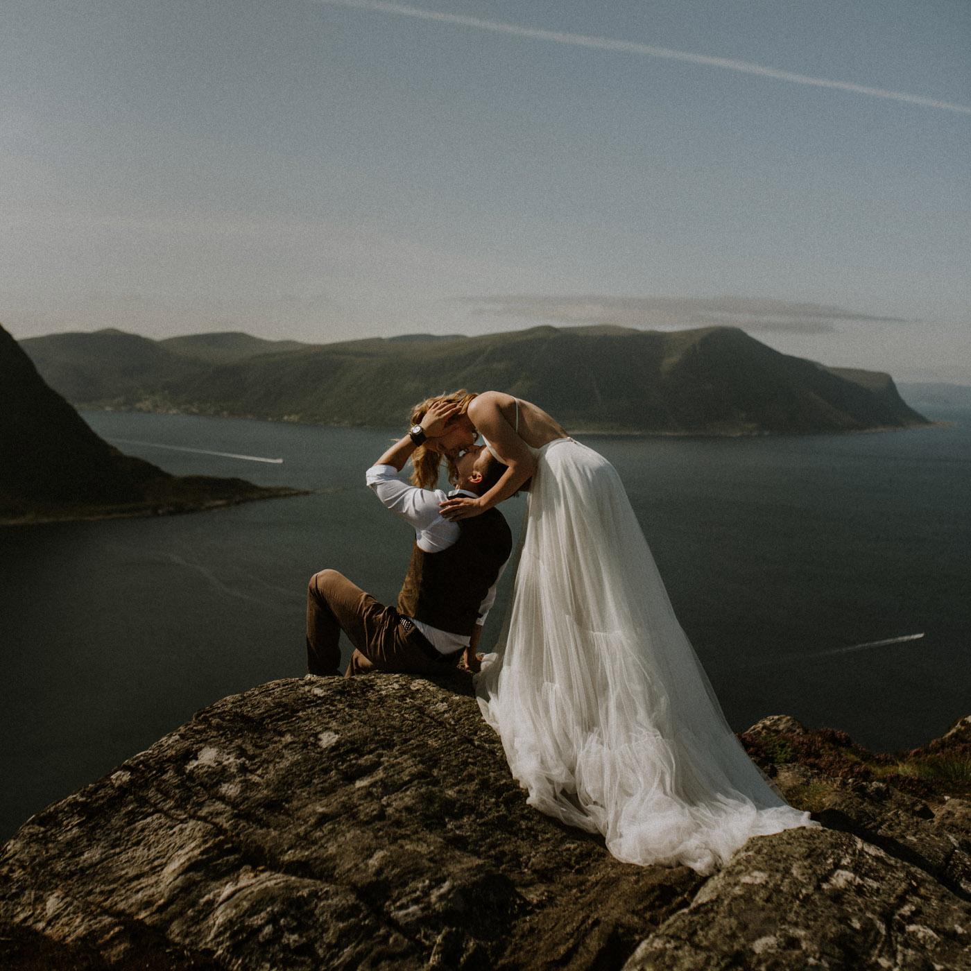 Norway elopement photographer 27