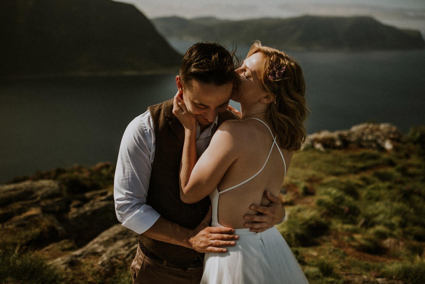 Norway elopement photographer 10