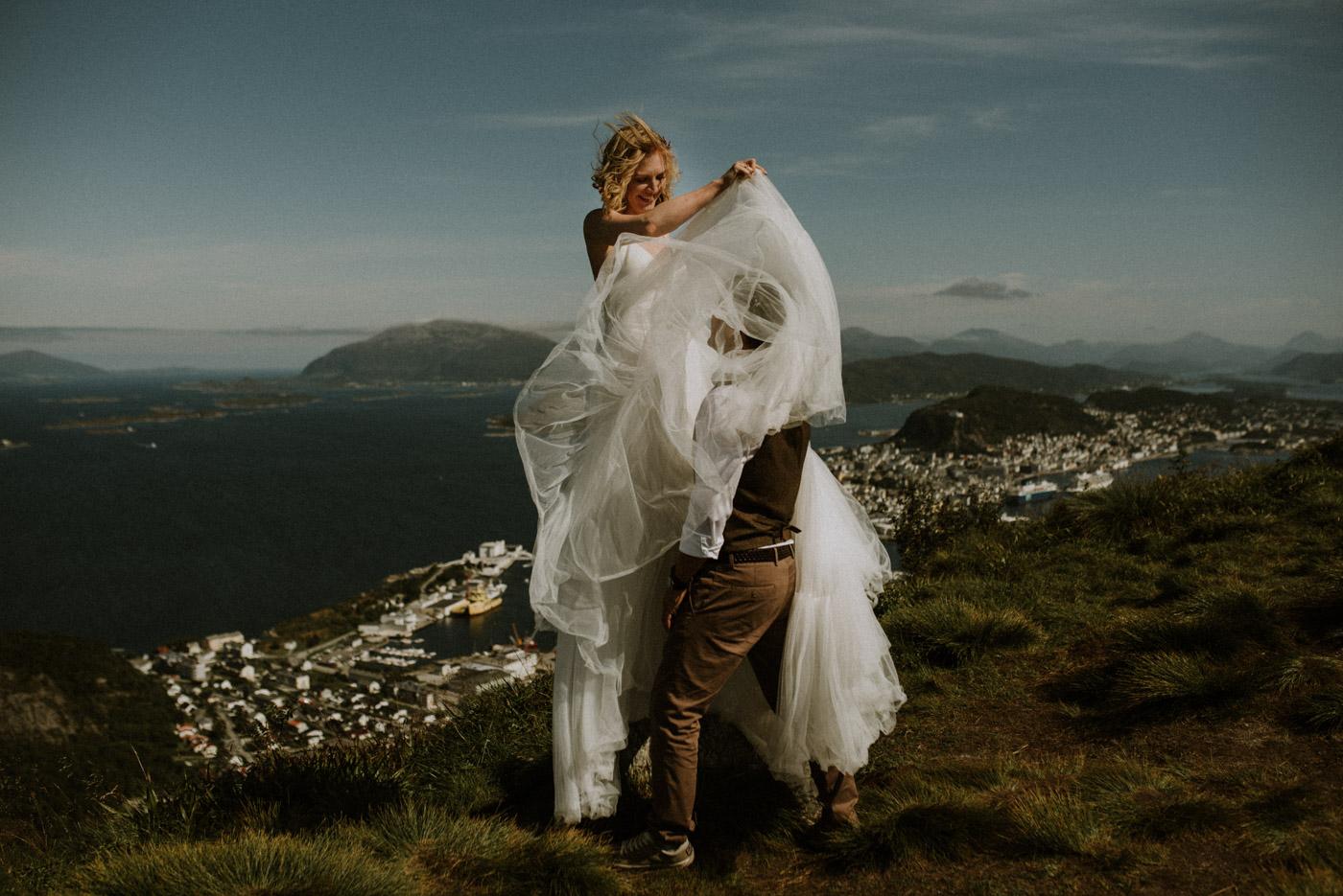 Norway elopement photographer 38