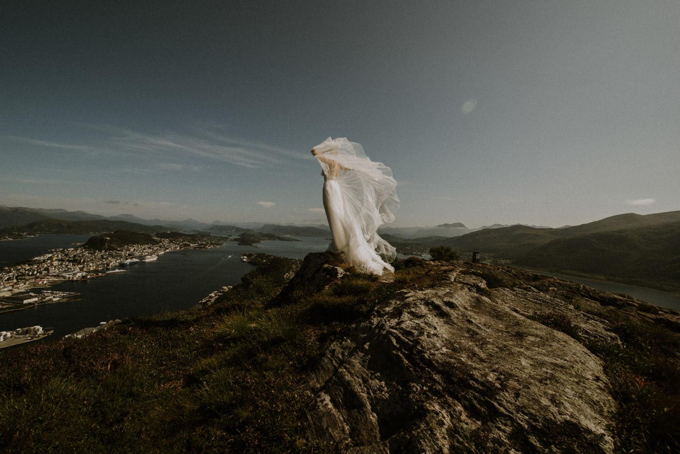 Norway elopement photographer 46