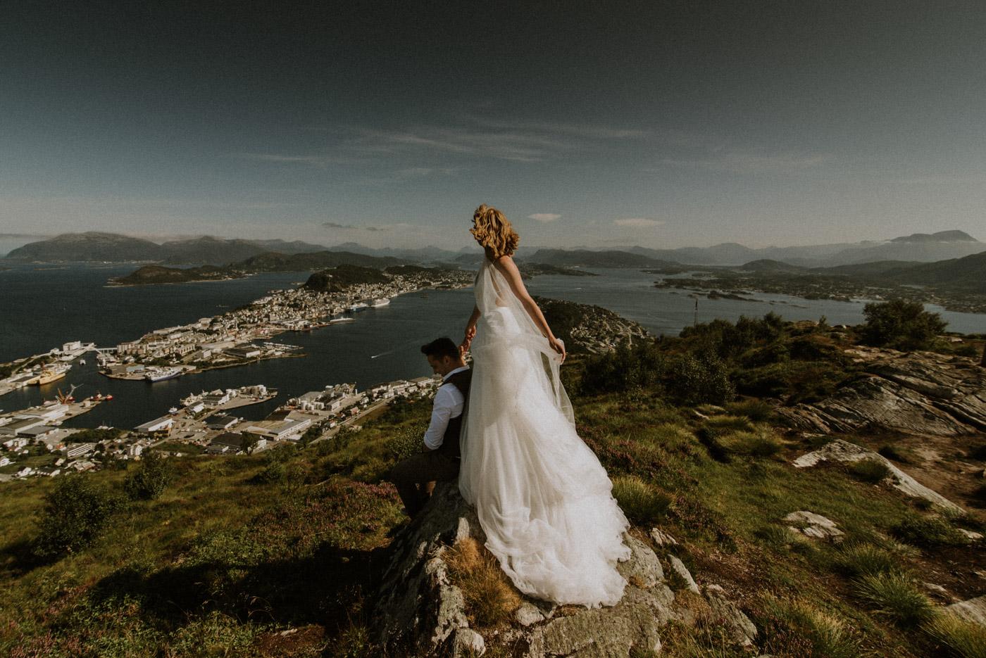 Norway elopement photographer 49