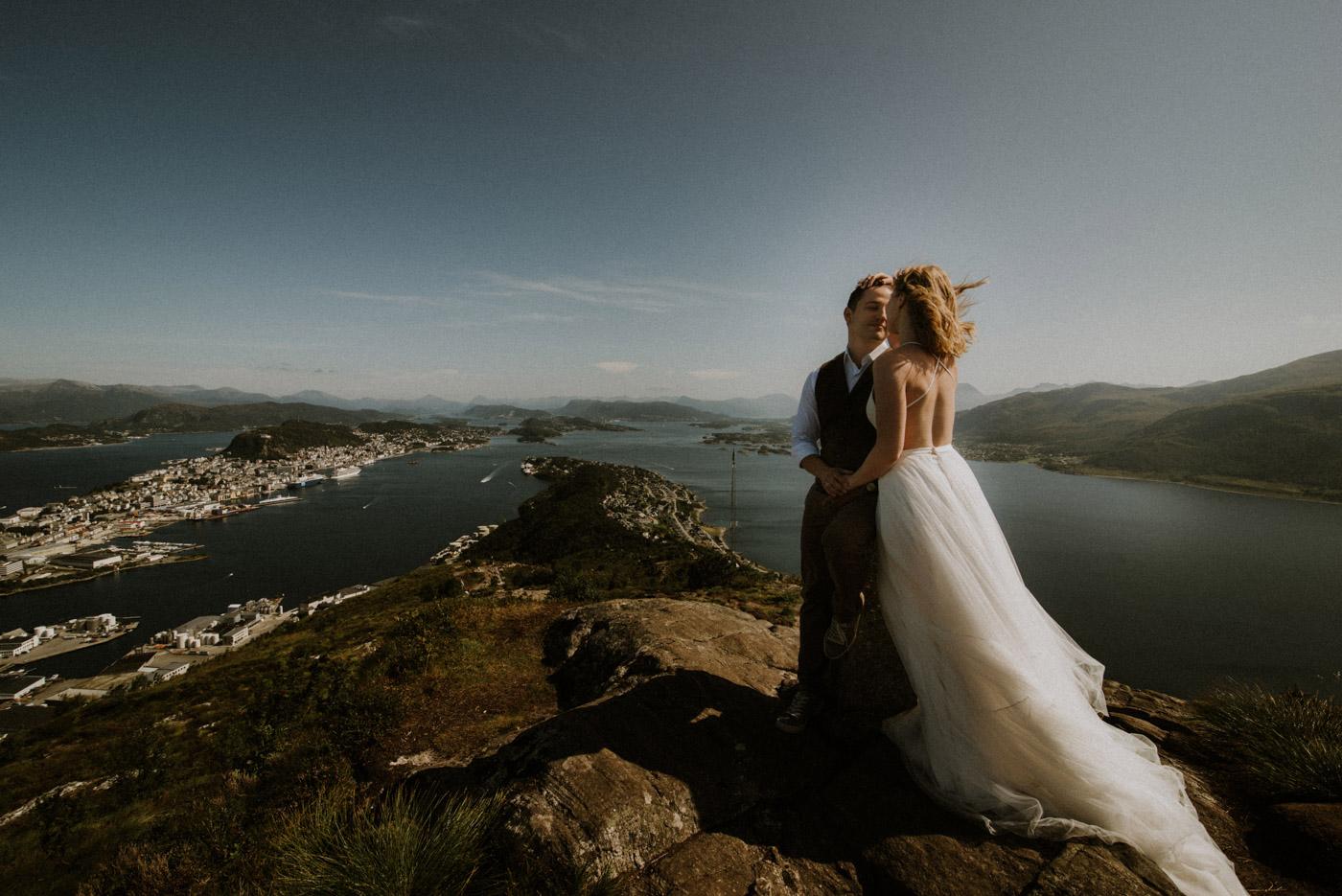 Norway elopement photographer 61