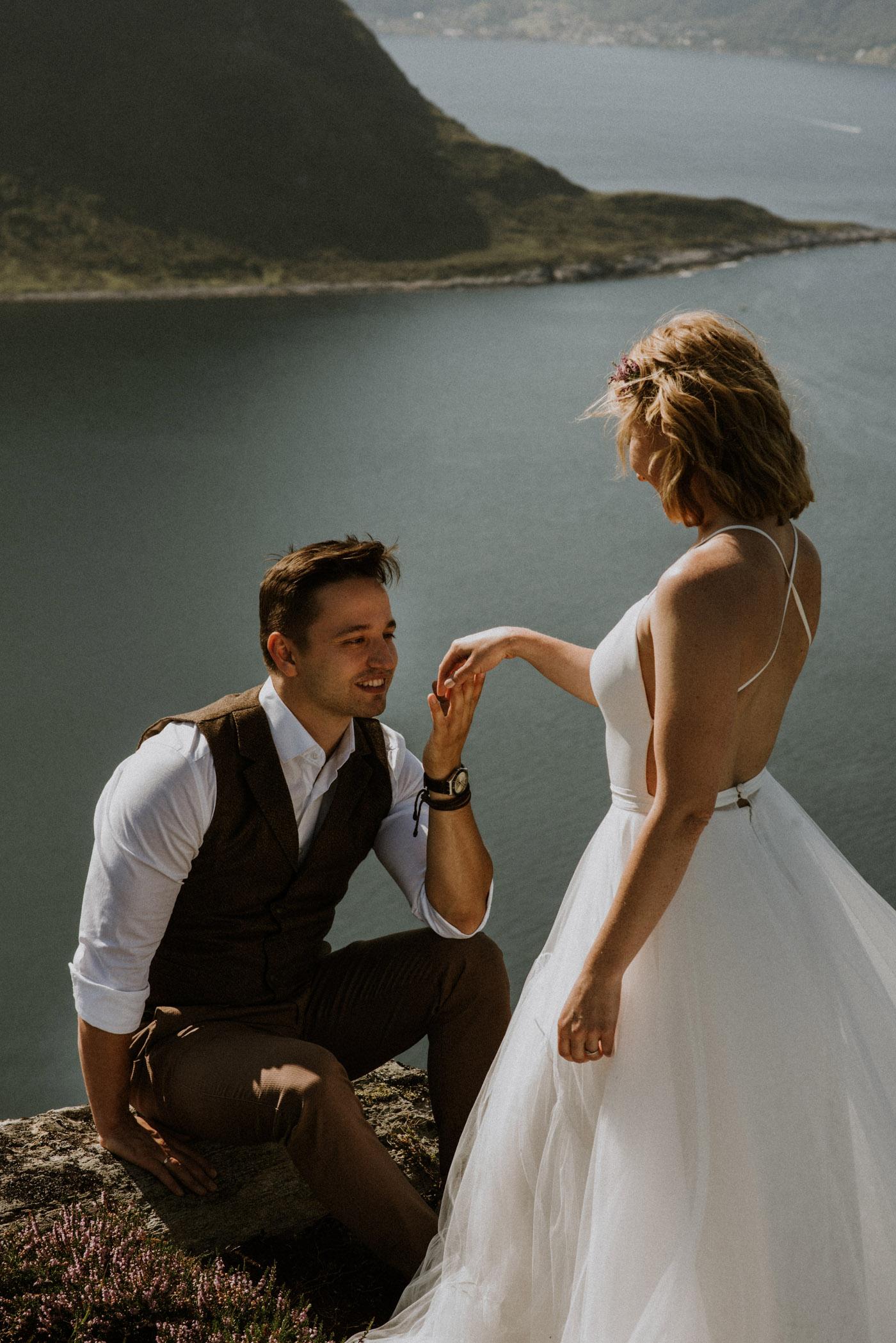 Norway elopement photographer 28