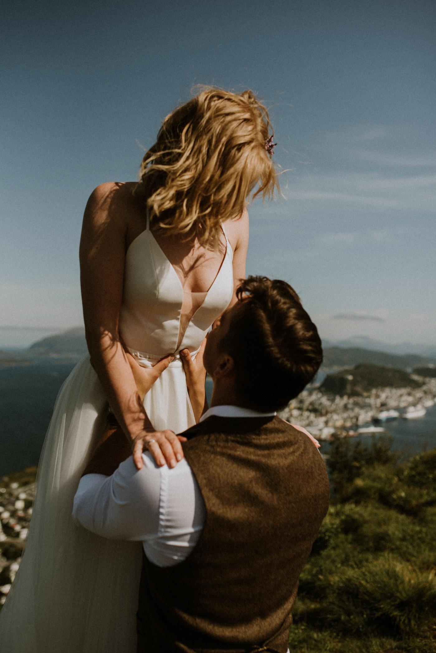 Norway elopement photographer 67