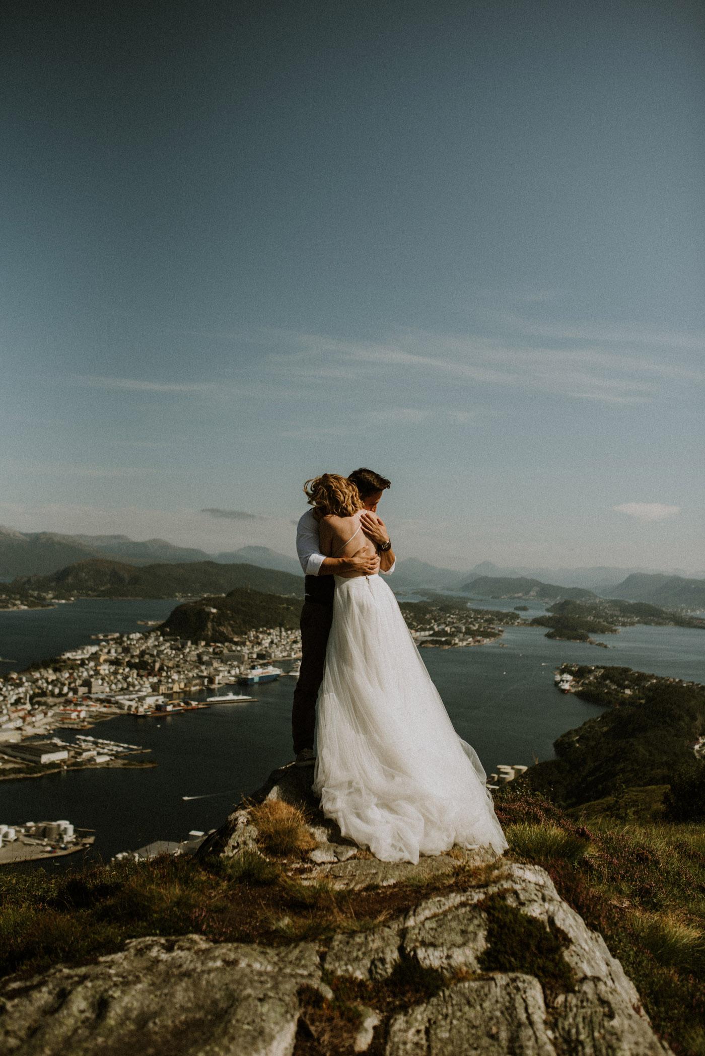 Norway elopement photographer 58