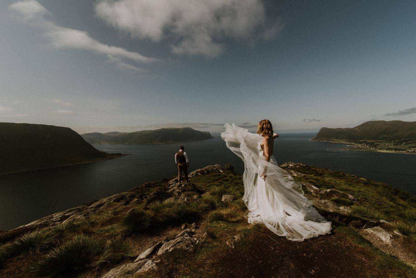 Norway elopement photographer 17